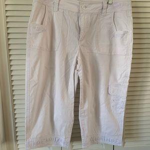 White Capri pants, size 14